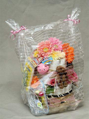 2012年2月4日 おむつケーキ 2段 女の子
